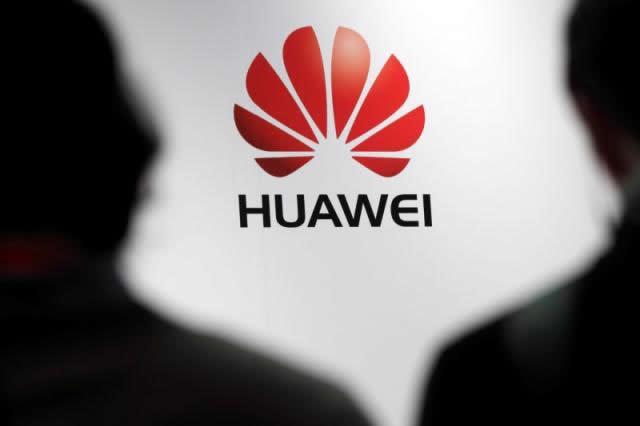 Huawei trains 935 civil servants on ICT