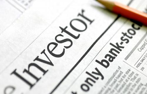 'Emerging market investors snub ratings firms on downgrades'