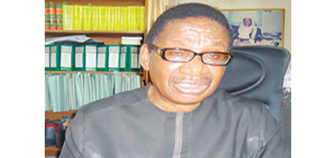 Sagay: FG overlooking corrupt politicians in APC to strengthen governance