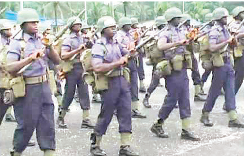 Navy seeks support of locals to curb maritime crimes
