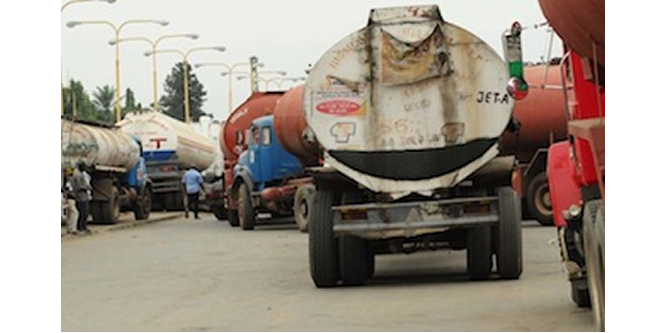 Apapa gridlock: Provide alternative loading depots for