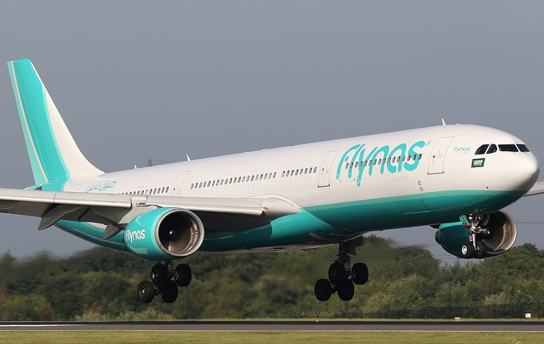 Bomb threat causes panic on Saudi airliner