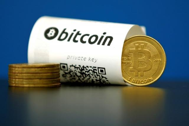 U.S. financial regulators urge monitoring of Bitcoin, others