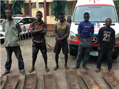 Five scrap dealers steal railroad ballasts