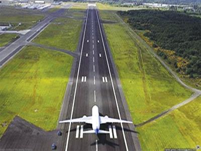 Threat amid runway risks