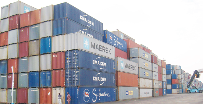 Extortion: FG moves against foreign shipping lines