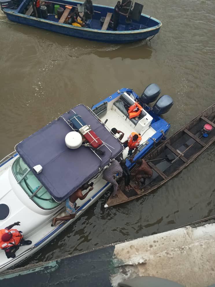 PHOTOS: Man jumps into Lagos Lagoon, dies
