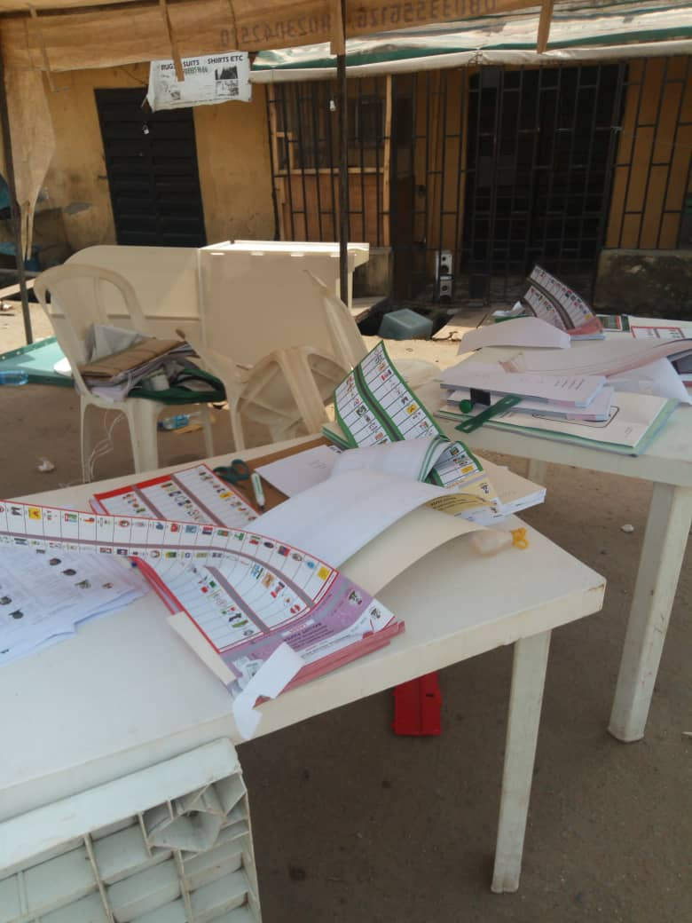 Army arrest APC ballot snatchers, 6 cultists held in Epe as thugs burn election materials in Lagos