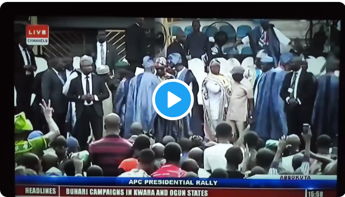 Hoodlums hurl missiles at Buhari, Tinubu, Oshiomhole