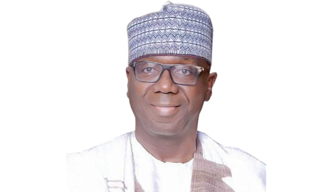 Kwara: Ahmed's administration left N100bn debt, says AbdulRazaq