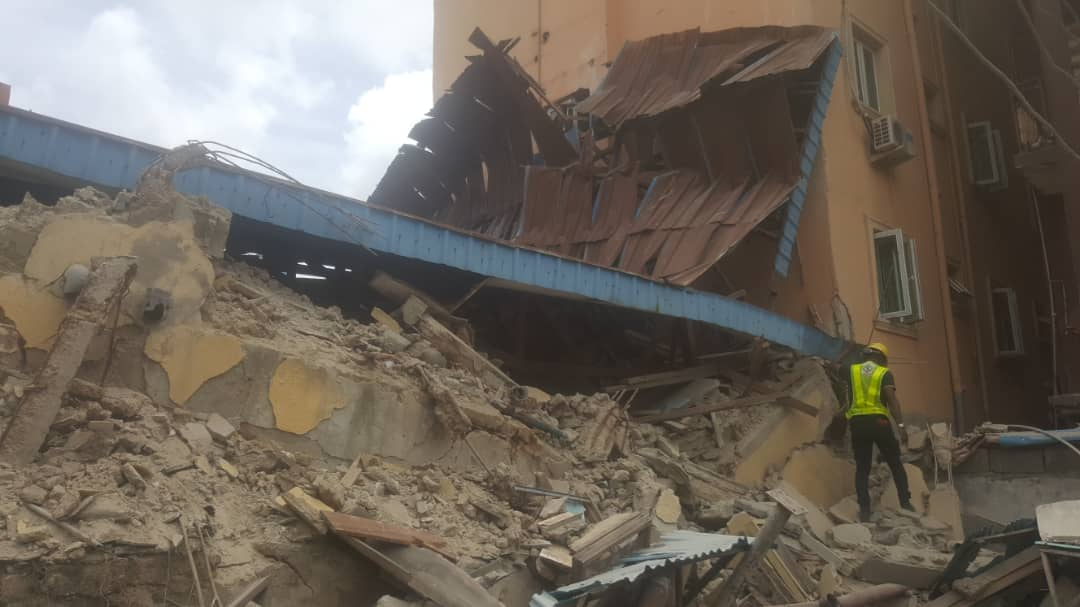BREAKING: Another Building Collapses On Lagos Island (PHOTOS)