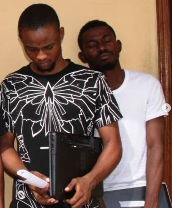 EFCC uncovers 'yahoo yahoo' school…arrests proprietor, 8 students