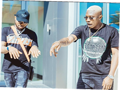 Davido unfollows Zlatan Ibile on Instagram days after release by EFCC