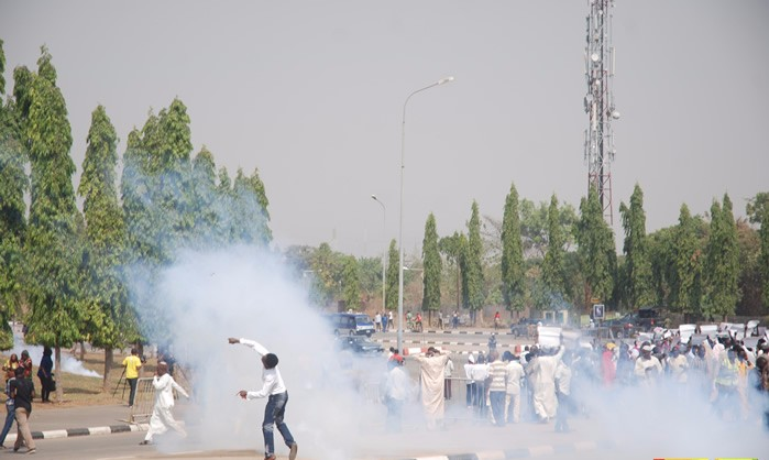 Report: Police fire live rounds, teargas during Shi'ite protest in Abuja