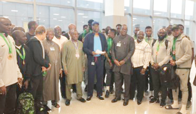 Eagles land in Abuja, as FG welcomes bronze winning team