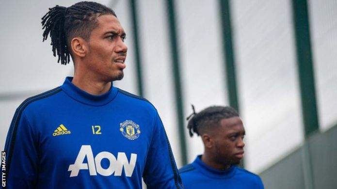 Smalling set for Roma loan move