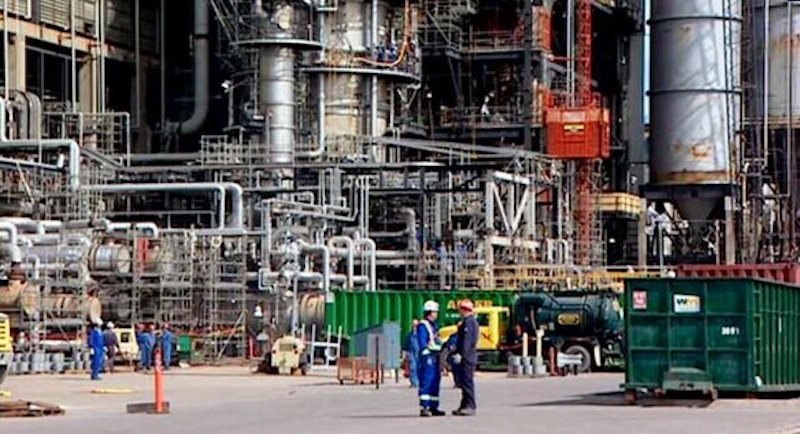 Dangote Refinery awards $368m contracts to local firms