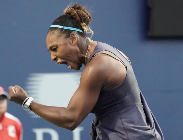 US Open: Serena, Federer survive scare to reach third round
