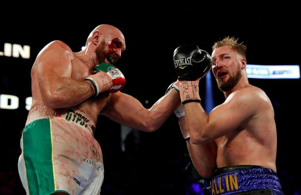Fury rushed to hospital after suffering bad eye injury in Wallin win