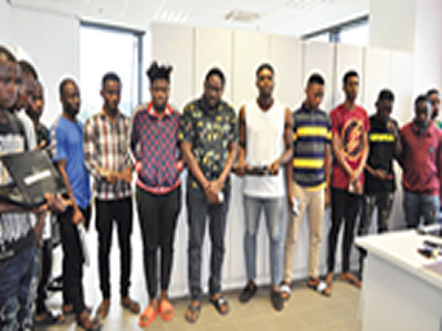 25 LAUTECH students arrested for Internet fraud