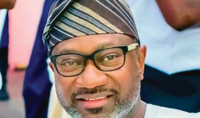 Compassionate billionaire, Femi Otedola, does it again