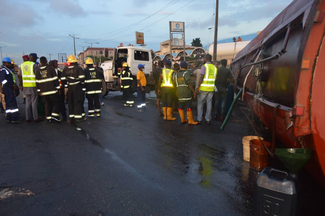 Motorists groan in traffic as tanker falls, spills contents on Lagos-Ibadan Expressway