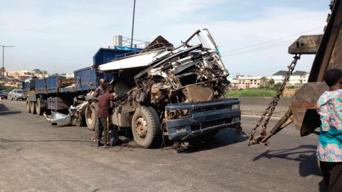 Many injured in Lagos auto crashes