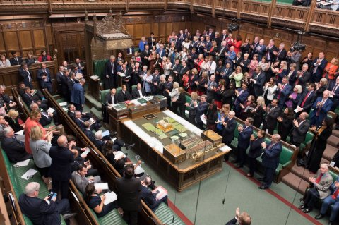 Court ruling: UK Speaker orders MPs back to Parliament