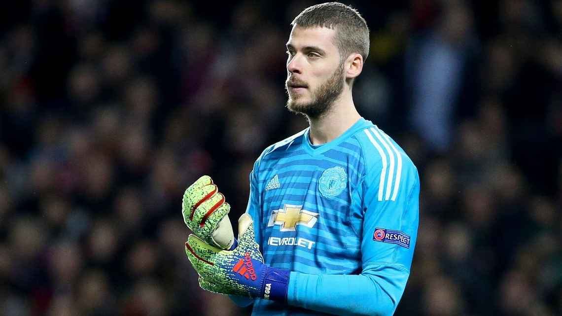 Report: De Gea close to signing new United deal
