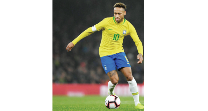 Bra zil vs Nigeria: Neymar aims to break Ronaldo's record
