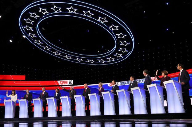 Democratic debate: Elizabeth Warren under attack