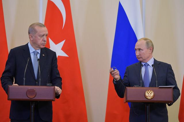 Pull back or face Turkish army, Russia warns Syrian Kurdish YPG