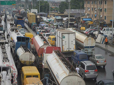 Traffic congestion: Oyo impounds 50 trailers