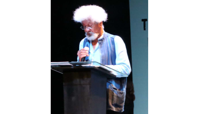 Soyinka  salutes Keith Richards for writing Never Quite The Insider