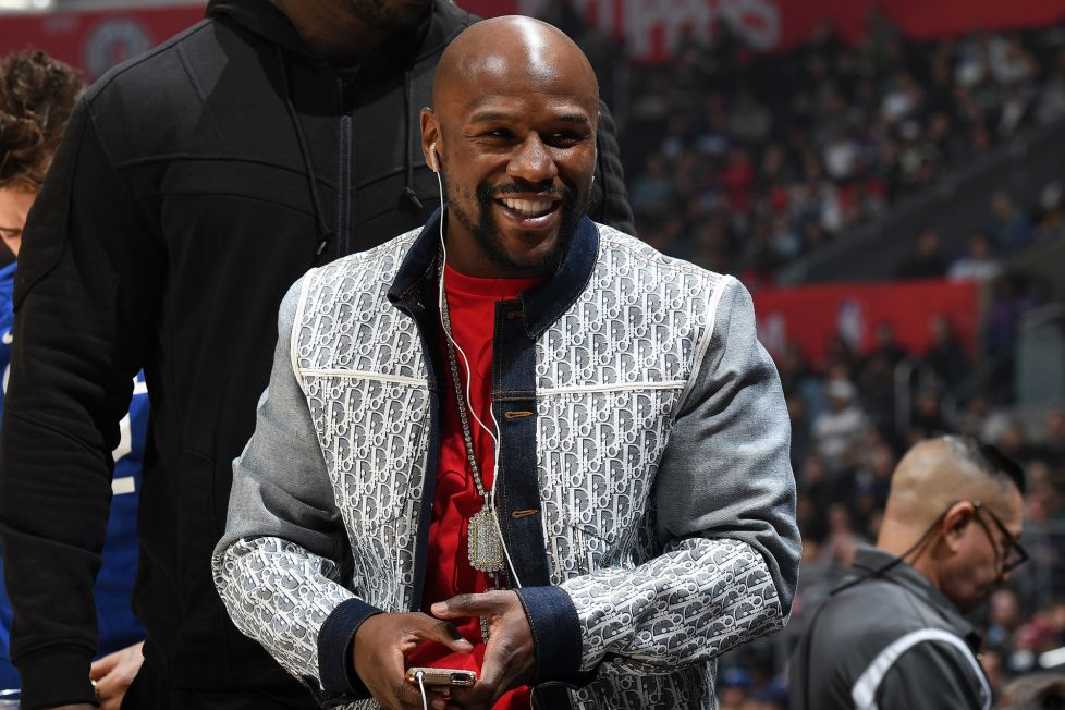 I'm coming out of retirement – Floyd Mayweather