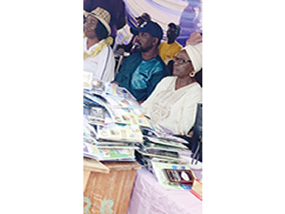 Pasuma donates books to students for 52nd birthday