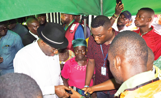 BAYELSA/KOGI POLLS: Seven killed as violence, ballot snatching mar elections