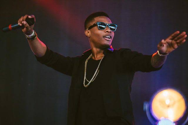 SoulTrain: Wizkid wins award for 'Brown Skin Girl'