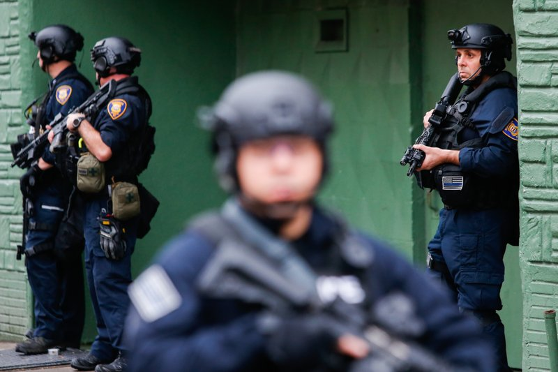 Police officer, five others killed in New Jersey gunbattle